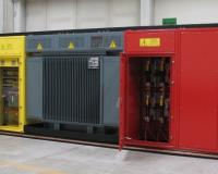 Liquid immersed trasformer for compact substation